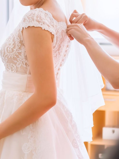 TOUCH UPS / BRIDAL VALET
